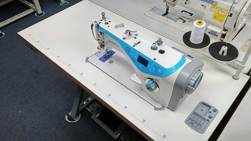 Apparel Machines JACK A40 Automatic Single Needle Lockstitch Sewing Magnificent Jack A4 Sewing Machine Price