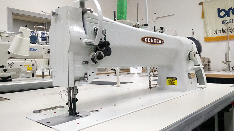 Leather and Upholstery Machines: CONSEW 206RBL-18 Single